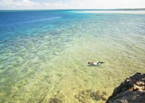 Azura Quilalea snorkelling